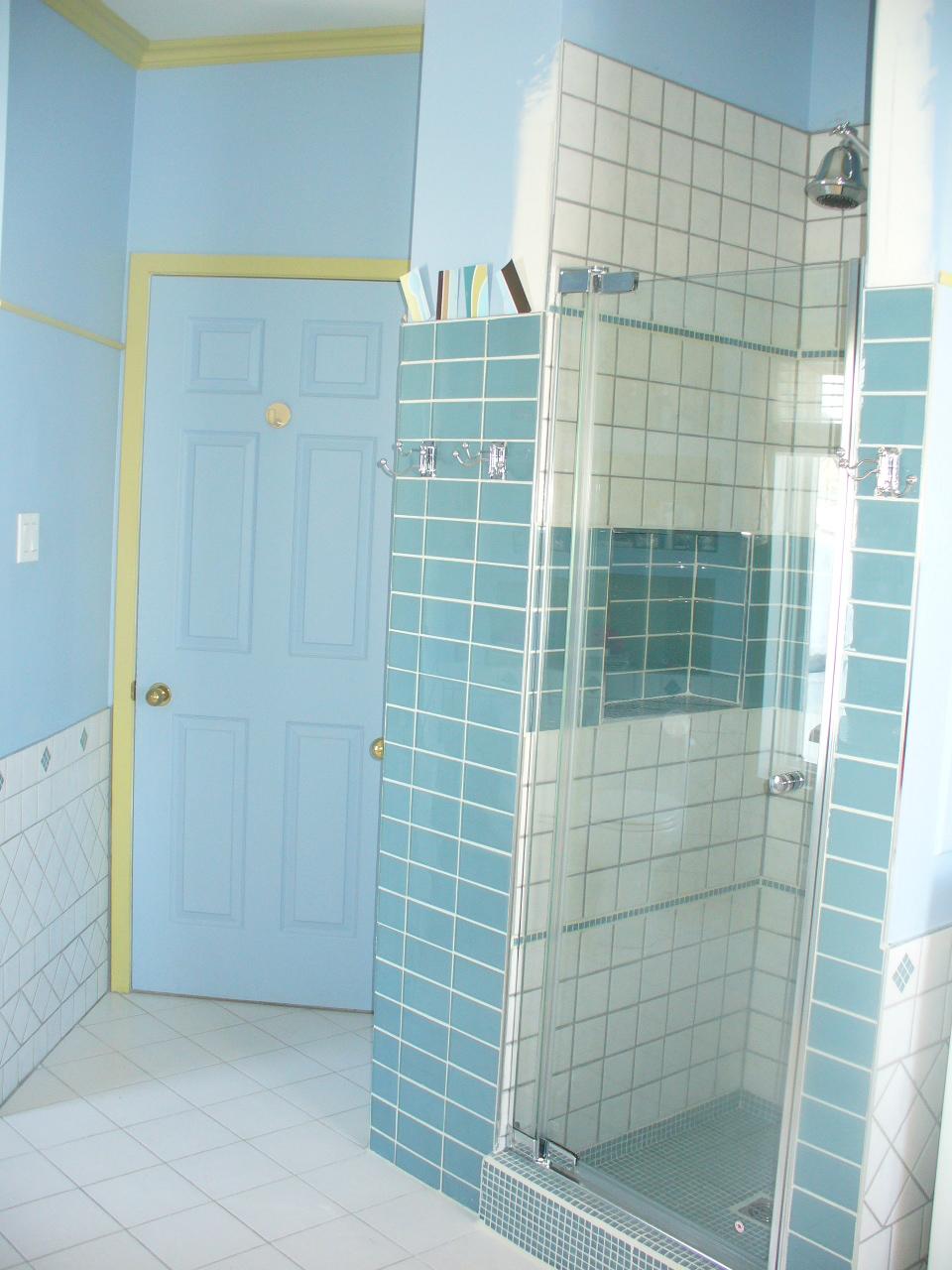 Carrelage salle de bain 2 multi services ec for Changer carrelage salle de bain